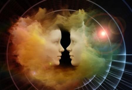 7 sinais que lhe dizem que conhece alguém de outras vidas